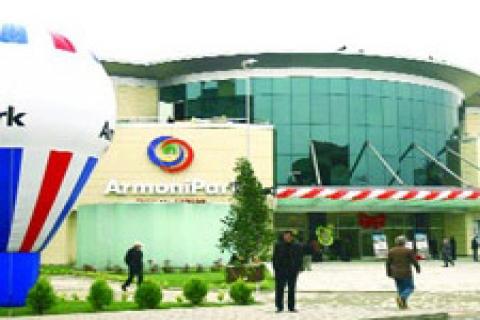 Kriz ArmoniPark'ı vurmadı