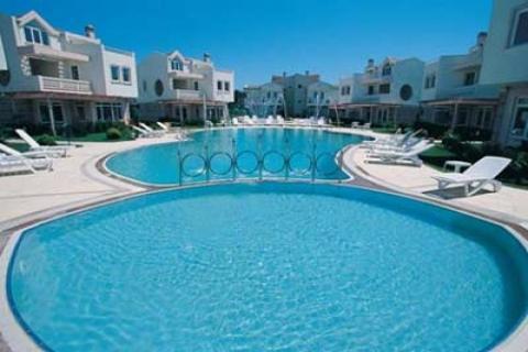 Altınova Fasedis Villaları'nda 275 bin liraya 5 oda 1 salon villa!
