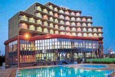 Tarsus Şelale Oteli daha iddialı geliyor