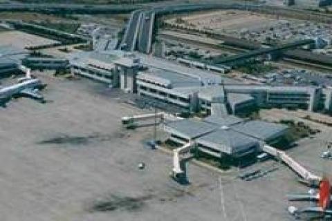 Adnan Menderes Havalimanı,