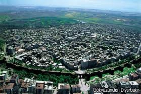 Diyarbakır'da 38 büro 9 depo 11 milyon TL'ye satılacak!