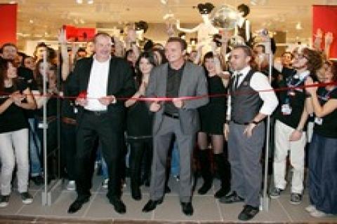 H&M, Türkiye'deki 2. mağazasını İstinyepark'ta açtı!