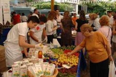 Beylikdüzü'nde ekolojik pazar açıldı