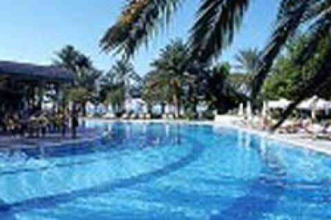 2009'da Kıbrıs'ta otel ve gazino yapacak