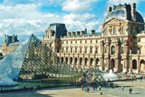 Louvre Müzesi'ne McDonald's restoranı açılacak!