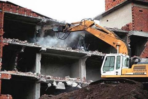 Kadıköy'de imar kaçağı yapılara yıkım işi yapılacak!