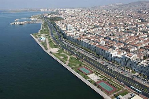 İzmir Buca'da 1.6 milyon TL'ye arsa ve bahçe!