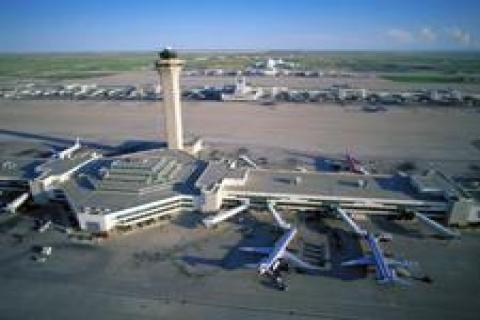 Doğu'ya dört havaalanı