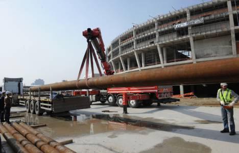 Bursa'da Büyükşehir Belediyesi Stadyumu çatı inşası devam ediyor!