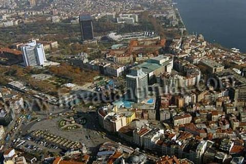 Taksim'de içimizi ısıtacak