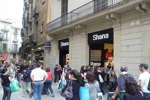 Shana, Viaport'ta mağaza