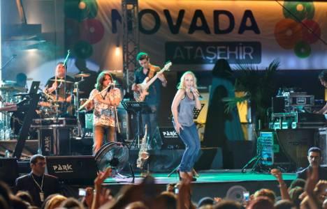 Novada Ataşehir'de sahne