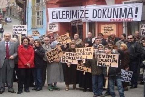 Fener, Balat ve Ayvansaray sakinleri Taksim'de eylem yaptı!