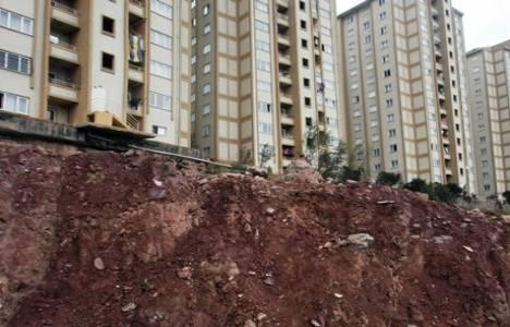 Maltepe'deki TOKİ evleri heyelan tehlikesi altında!
