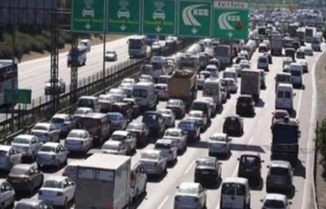 TEM Otoyolu'nun kapatılan şeritleri trafiğe açıldı!
