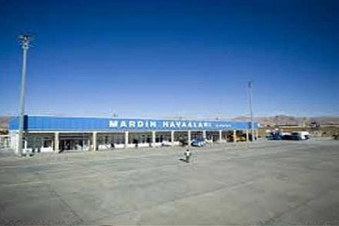 Mardin Havaalanı'nın pisti açıldı, yeni terminalin temeli atıldı!