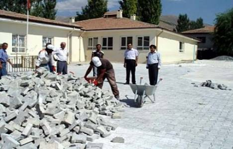 İstanbul Bahçelievler ve Bakırköy'de üç adet okul onarım işi yapılacak!