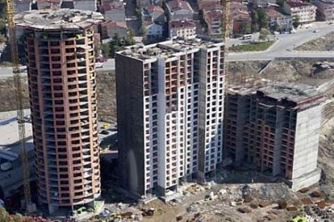 FiYapı Mağdurları: Yarım mimar müteahhit tüketiciyi malından eder!