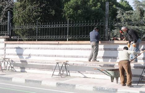 Çatal Mezarlığı ve Doğu Kışla'nın duvarları yenilendi!