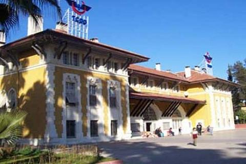 Devlet Demir Yolları'nda yolsuzluk operasyonu düzenlendi, 20 kişi gözaltına alındı!