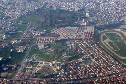 İzmir Buca'da 818