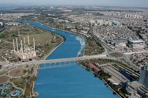 Adana Yüreğir'in Kışla ve Başak Mahallelerine 3 bin 786 konut yapılacak!