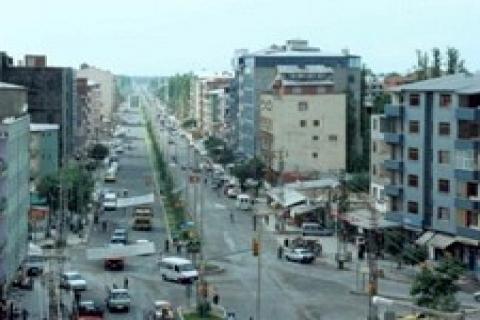 Abdulbahri Çağaç Iğdır'da 200 bin euroya villa yaptırıyor!