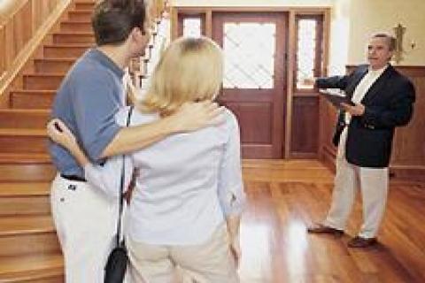 Ev sahipleri kiracıları el üstünde tutuyor