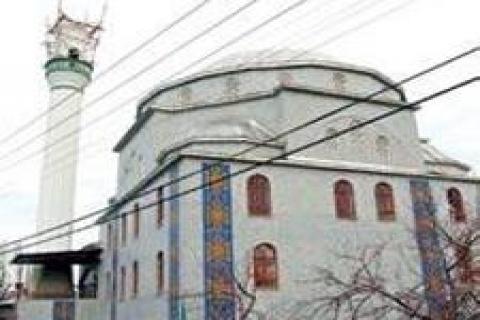 Pilotlar Buzhane Camii'nin minaresini yıktırdı