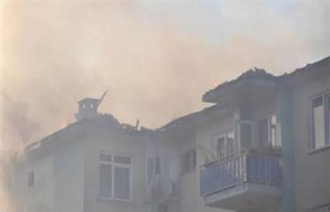Bursa'daki 3 bloklu sitede yangın çıktı!