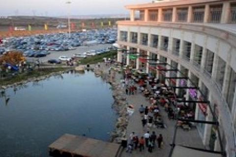 Via Port, yeni bir alışveriş sokağı devreye soktu!