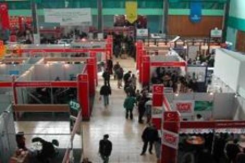 Ankara'daki YapıDecoor, krizi fırsata çevirdi