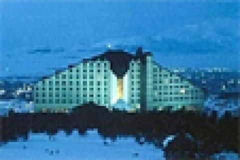 Polat, ikinci otelini Balmumcu'ya kuruyor