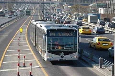 Metrobüsün sözkonusu olduğu bölgelerde konut fiyatları tavan yapıyor!