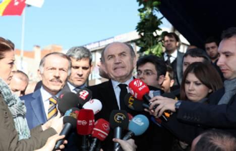 Kadir Topbaş: İstanbul surlarındaki çalışmalar yıl sonu bitecek!
