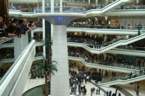 İstanbul'a yeni alışveriş merkezleri lazım mı?