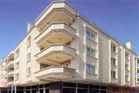 Krizdeki oteller yabancıların eline geçiyor