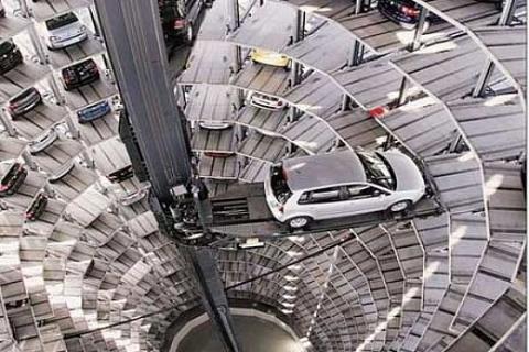 Volkswagen'den 400 milyon euro'ya 600 arabalı otoşov merkezi!