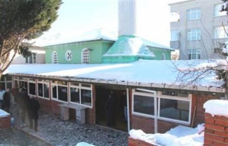 Firuzköy Camii'sinin yıkımı