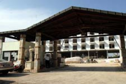 Antalya'da müteahhitler inşaat yasağını dinlemiyor