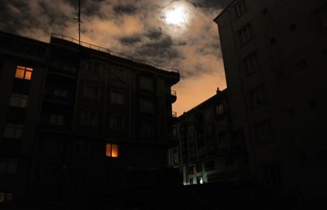 İstanbul'da 12 ilçede elektrik kesilecek! 10 Aralık 2015!