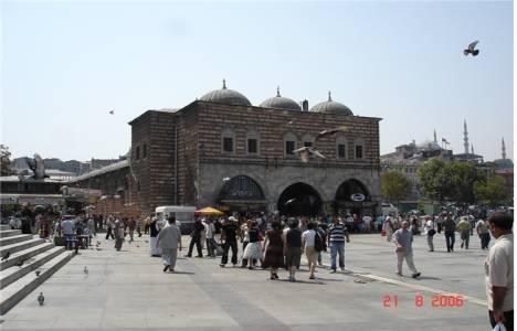 İstanbul Vakıflar'dan Mısır Çarşı restorasyon işi ihalesi!