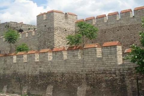 İBB, İstanbul'un Yüzleri kitabıyla şehir efsanelerini gün ışığına çıkarıyor!