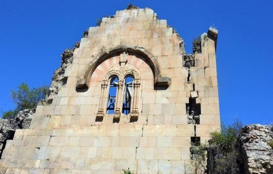 Tarihi Öşvank Kilisesi yıkılma tehlikesiyle karşı karşıya!