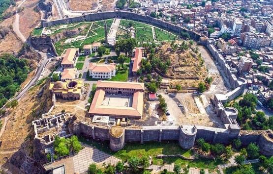 Diyarbakır Sur'da anahtar teslimleri başladı!