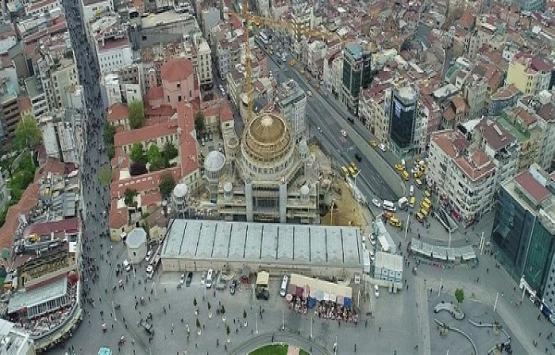 Taksim Camii inşaatında