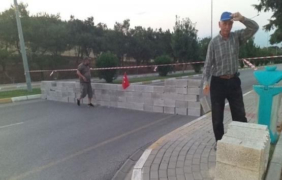 Pamukkale yolunda mülk sahibi olduklarını iddia eden 15 kişi yolu kapattı!