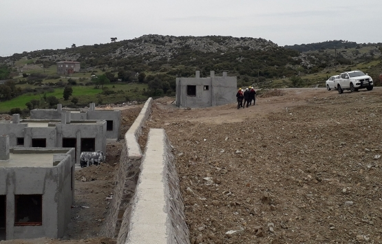Ayvacık'ta afet konutları inşaatında 'virüs önlemi'!