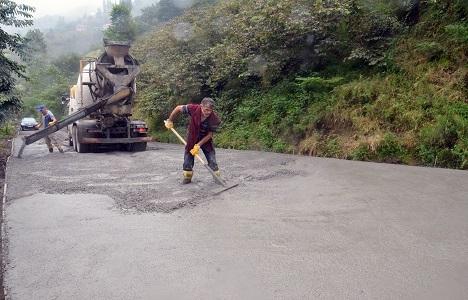 Trabzon'a 50 milyon TL'lik yol çalışması!