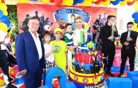 Ali Ağaoğlu'ndan oğlu Ali Ege için sürpriz doğum günü partisi!
